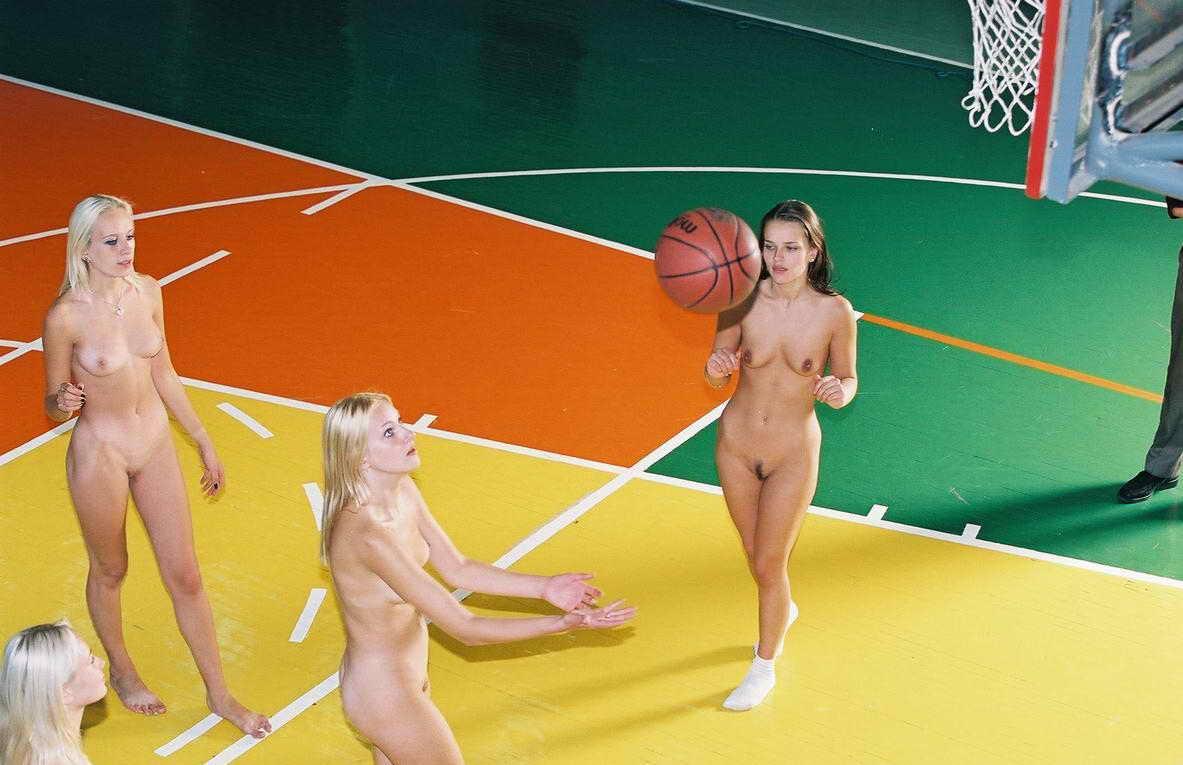 Порно спорт сосут